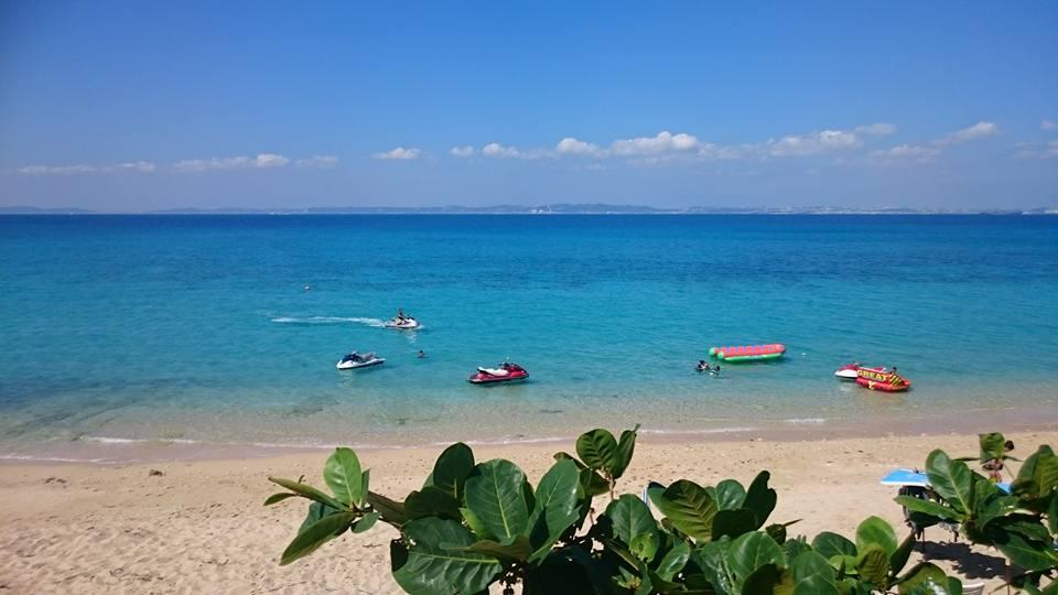 初日から天気めっちゃ良いですよ~‼津堅島ビーチ
