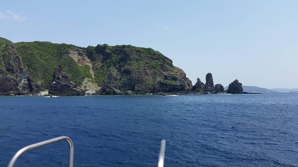 慶良間沖のポイントへと向かっています。