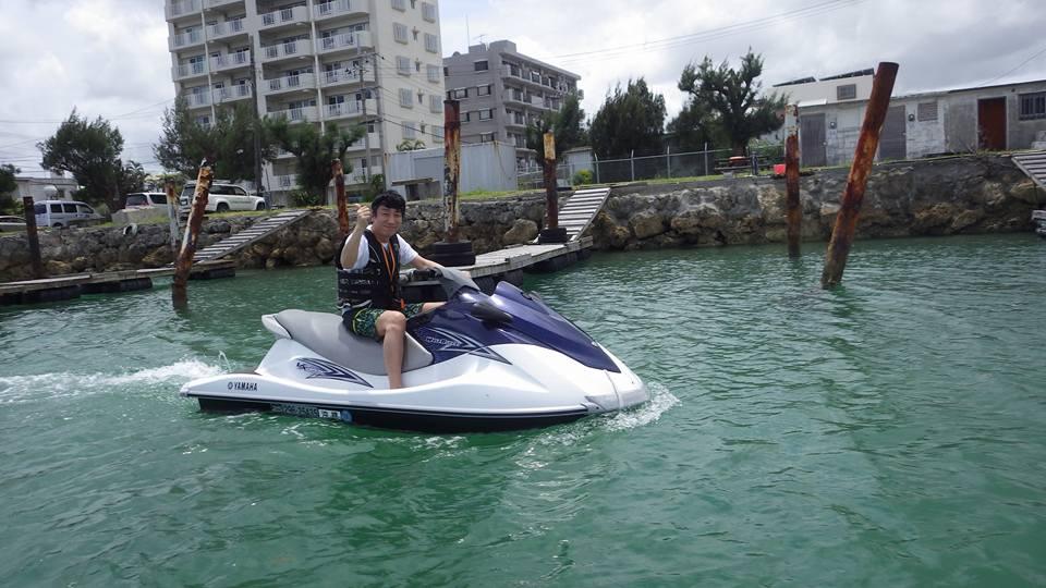 寝ずに沖縄に来てマリンジェットで津堅島へ
